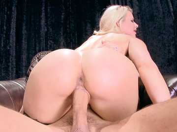 Anikka Albrite: Inside The Pornstar's Studio
