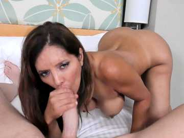 Dirty dark-haired vixen Francesca Le sucks Mark Woods doniker and tries out his cum