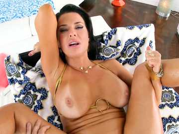 Brunette MILF Veronica Avluv gets a prolapse after rough anal sex action
