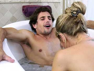 Nicole Aniston meets Tyler in the bathroom for a wonderful MILF footjob