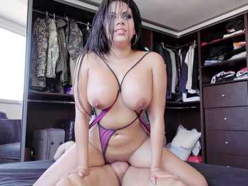 Big-titted Latina Kesha Ortega pleasures Nacho with her shaved cockpit